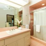 Kailua Shores Tennis House Bathroom