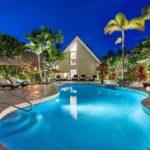 kailua shores pool at night