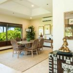 kailua shores beach house dining area