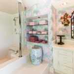 kailua shores main house bathroom