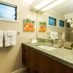 Kailua Shores Pool House bathroom